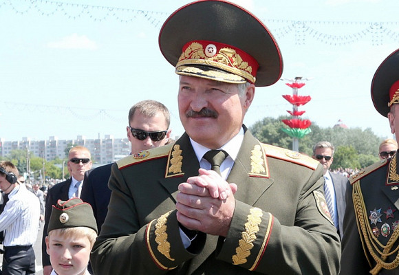 https://press.lv/slir/w580-h400-c580x400-q90/http://www.press.lv/wp-content/uploads/2020/04/lukashenko.jpg